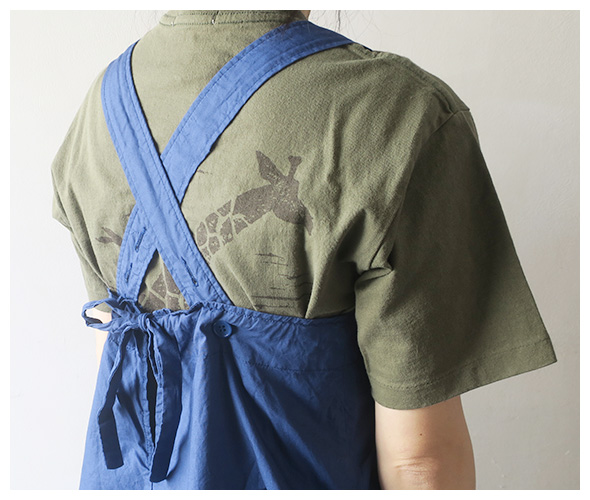 FWK by ENGINEERED GARMENTSのドレスのモデル着用画像
