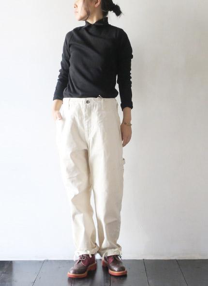 Engineered Garmentsのパンツのモデル着用画像