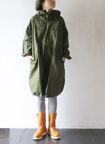 Engineered Garments(エンジニアドガーメンツ) Cagoule Dress - Drab Cotton Ripstop fg381の商品ページです。
