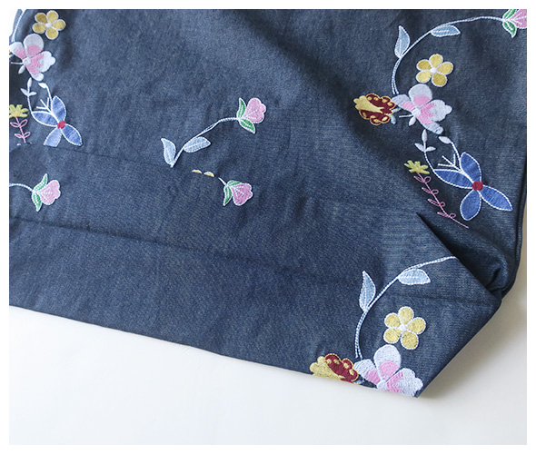 Engineered Garments(エンジニアドガーメンツ) Carry All Tote - Denim Floral Embroidery gh078の商品ページです。