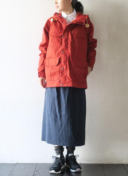 THE NORTH FACE PURPLE LABELのジャケットのモデル着用画像